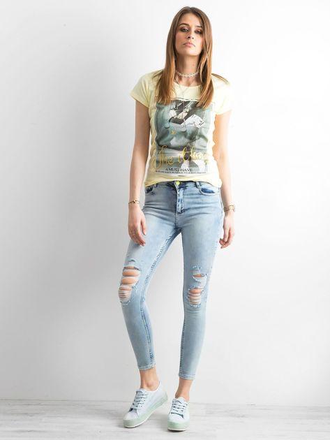 T-shirt damski z bawełny z nadrukiem żółty                              zdj.                              4