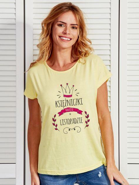 T-shirt damski z nadrukiem KSIĘŻNICZKA żółty                              zdj.                              1