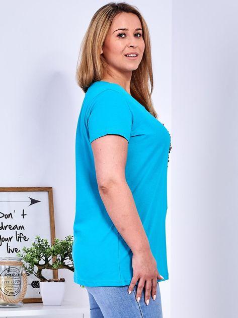 T-shirt turkusowy z gwiazdą z perełek PLUS SIZE                              zdj.                              3