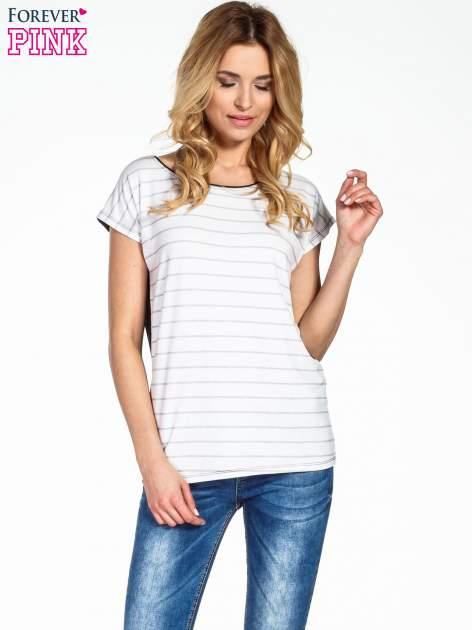 T-shirt w biało-czarne paski