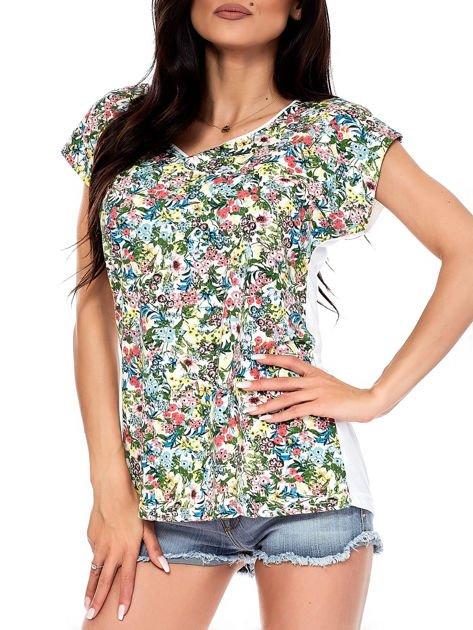 T-shirt w kolorowe drobne kwiatki                              zdj.                              7