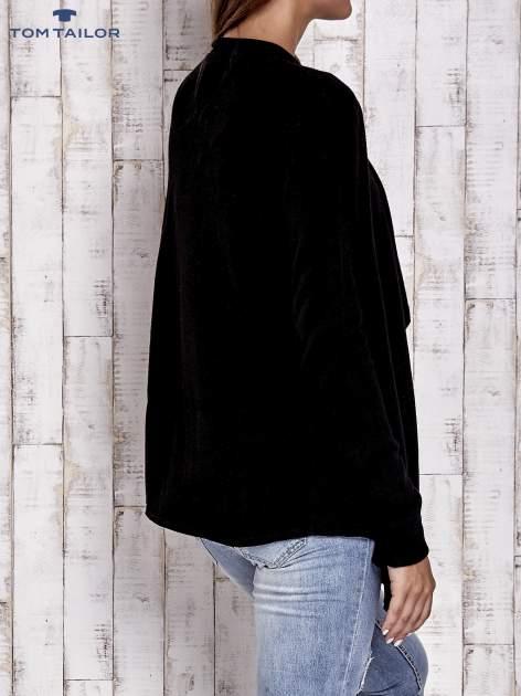 TOM TAILOR Czarny luźny sweter z otwartym dekoltem                                  zdj.                                  4