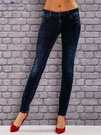 TOM TAILOR Granatowe dopasowane spodnie jeansowe z przetarciami                                  zdj.                                  1