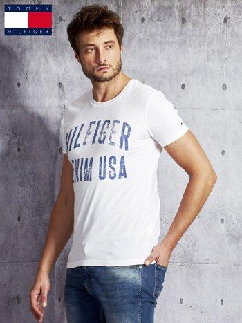 TOMMY HILFIGER Biały t-shirt męski z napisem                               zdj.                              5