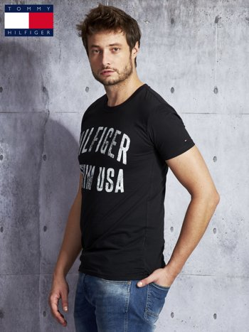 TOMMY HILFIGER Czarny t-shirt męski z napisem                               zdj.                              5