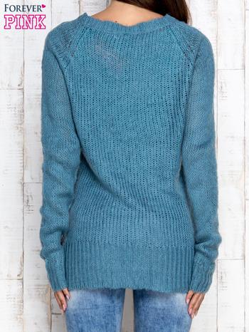 Turkusowy dzianinowy sweter o szerokim splocie                                  zdj.                                  4