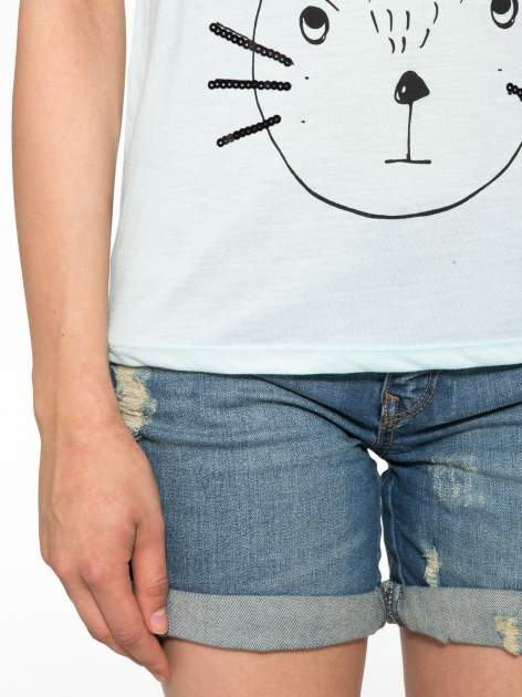 Turkusowy t-shirt z nadrukiem kota i myszy                                  zdj.                                  5