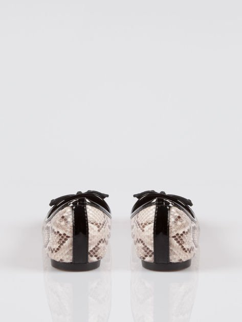 Wężowe baleriny animal pattern z czarnym lakierowanym czubkiem beżowe                                  zdj.                                  3