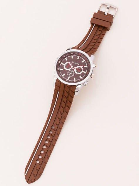 Zegarek męski brązowy z ozdobnym chronografem na tarczy i bieżnikowanym paskiem                               zdj.                              2