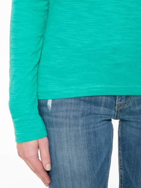 Zielona bawełniana bluzka typu basic z długim rękawem                                  zdj.                                  6