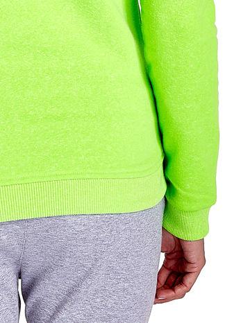 Zielona bluza z napisem I'M SO ADVERSE                                  zdj.                                  6