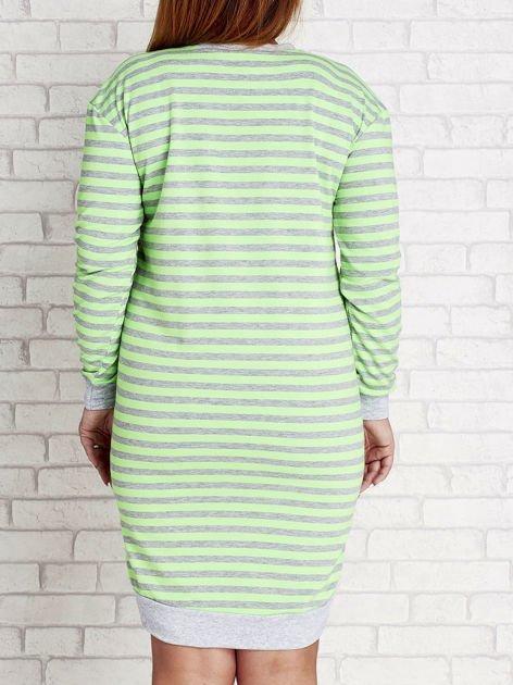 Zielona dresowa sukienka w paski z wiązaniem PLUS SIZE