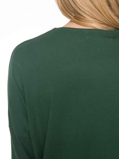 Zielona dresowa sukienka z nietoperzowymi rękawami                                  zdj.                                  5