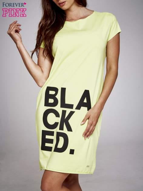 Zielona sukienka dresowa z napisem BLACKED                                  zdj.                                  1