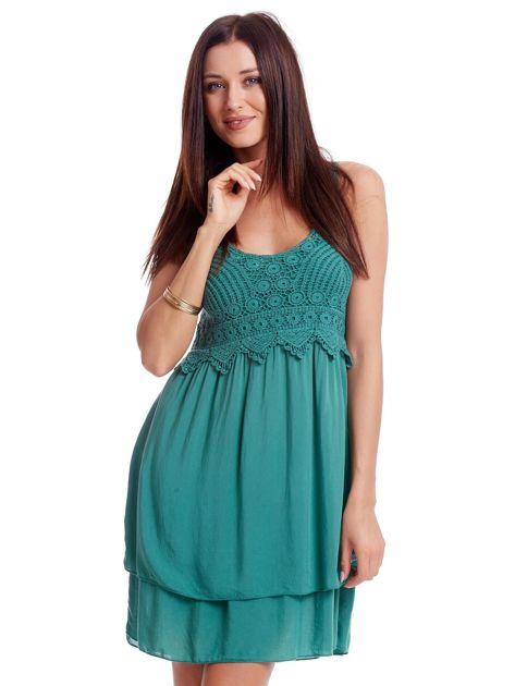 Zielona sukienka na cienkich ramiączkach                              zdj.                              1