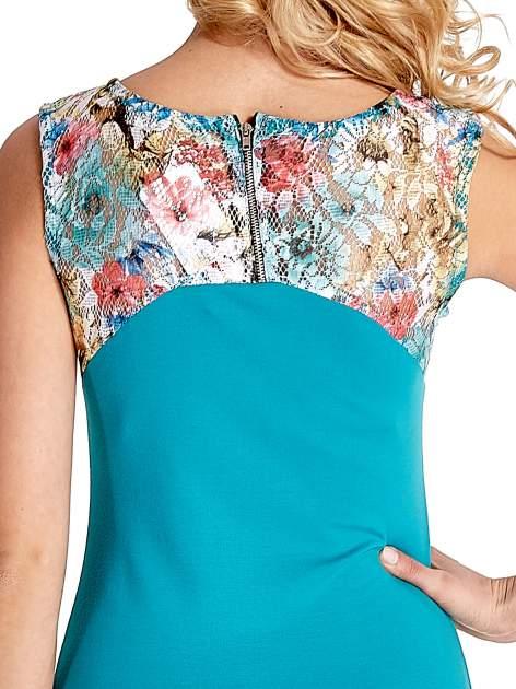 Zielona sukienka z kwiatową koronką                                  zdj.                                  7
