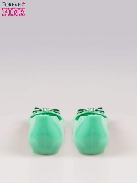 Zielone gumowe baleriny na ukrytym koturnie                                  zdj.                                  3