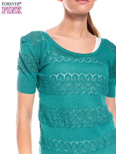 Zielony ażurowy sweterek w stylu retro                                  zdj.                                  5