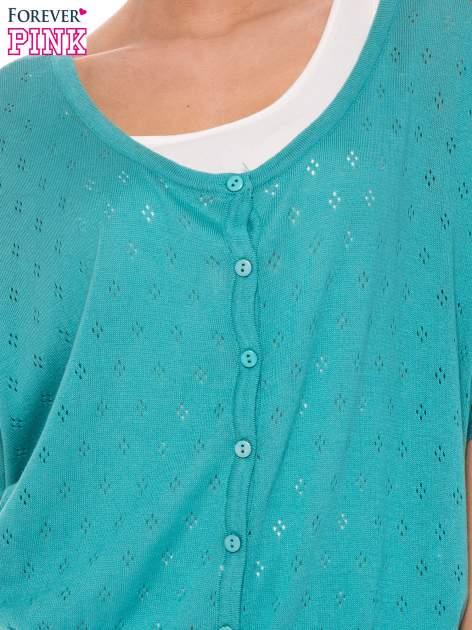 Zielony ażurowy sweterek z krótkim rękawem                                  zdj.                                  5