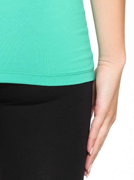 Zielony gładki top na szerokich ramiączkach                                  zdj.                                  10