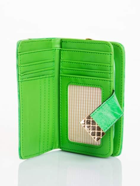 Zielony portfel z plecionką                                  zdj.                                  3