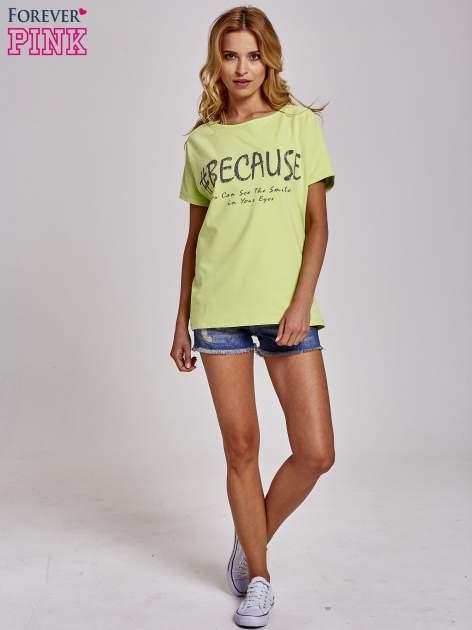 Zielony t-shirt z hashtagiem #BECAUSE                                  zdj.                                  2