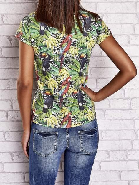 Zielony t-shirt z ptakami i egzotycznym nadrukiem dżungli                                  zdj.                                  2