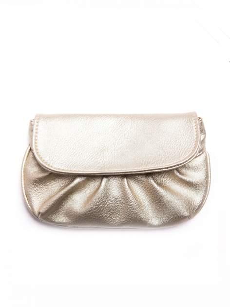 Złota mini torebka kopertówka z paskiem                                  zdj.                                  1
