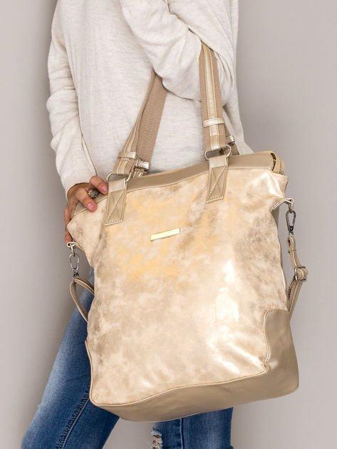 Złota torba z błyszczącym modułem                                  zdj.                                  4