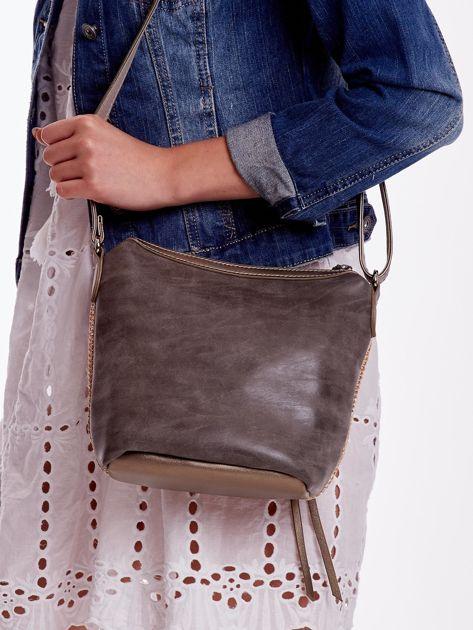 Złota torebka damska z plecionym modułem                              zdj.                              3