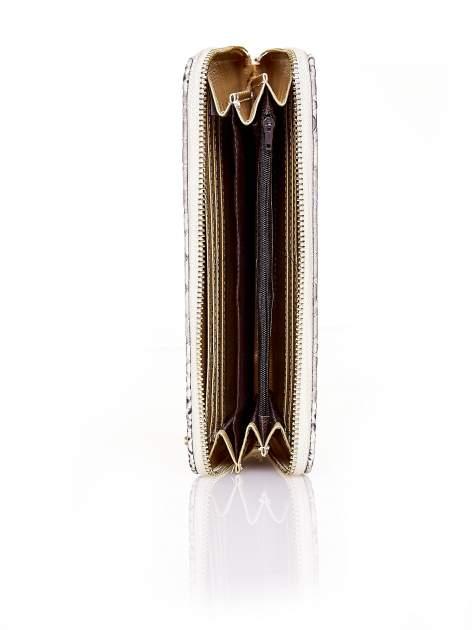 Złoty portfel kopertówka z motywem skóry krokodyla                                  zdj.                                  3