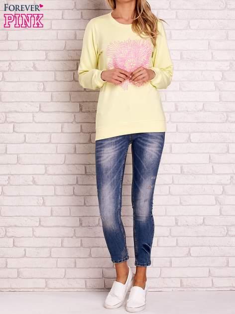 Żółta bluza z kolorowym nadrukiem                                  zdj.                                  2