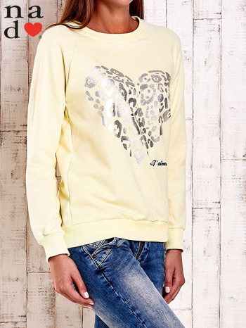 Żółta bluza z nadrukiem serca i napisem JE T'AIME                                   zdj.                                  3