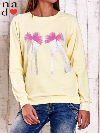 Żółta bluza z nadrukiem szpilek                                  zdj.                                  1