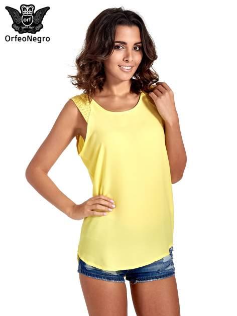 Żółta bluzka koszulowa z koralikami przy ramionach                                  zdj.                                  1