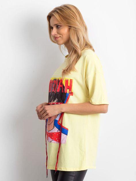 Żółta bluzka z naszywką                              zdj.                              3