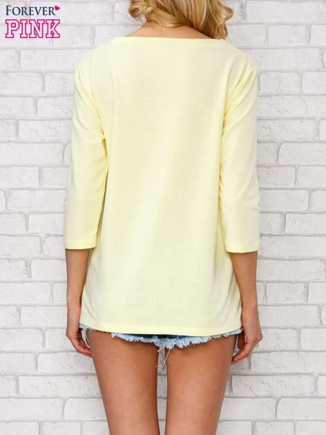 Żółta bluzka ze sznurowanym dekoltem                                  zdj.                                  4