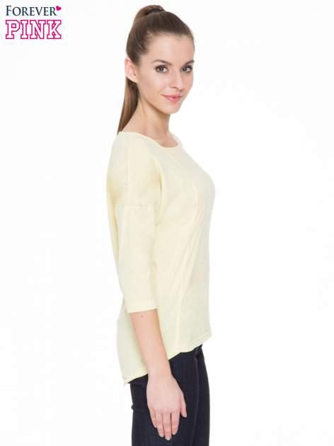 Żółta gładka bluzka z ozdobnymi przeszyciami                                  zdj.                                  3