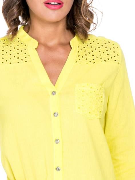 Żółta koszula z ażurowaniem na górze i kieszonką                                  zdj.                                  5