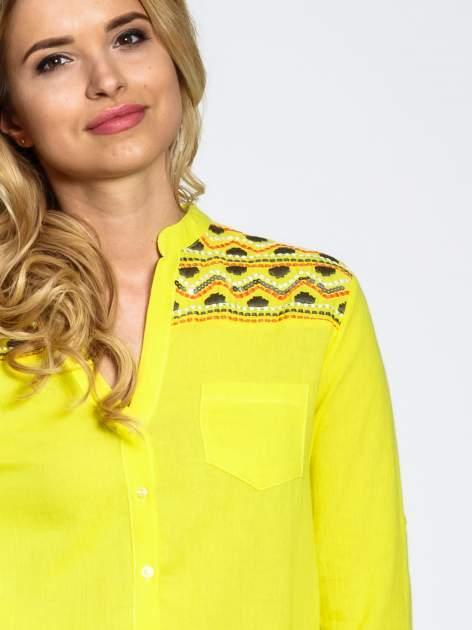 Żółta koszula z haftem w azteckie wzory                                  zdj.                                  6
