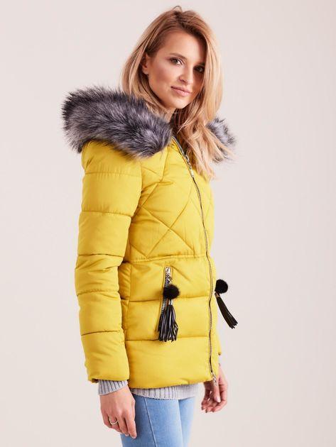 Żółta kurtka zimowa z futerkiem                              zdj.                              3