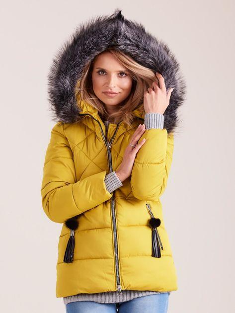 Żółta kurtka zimowa z futerkiem                              zdj.                              5