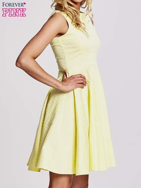 Żółta rozkloszowana sukienka w groszki                                  zdj.                                  3