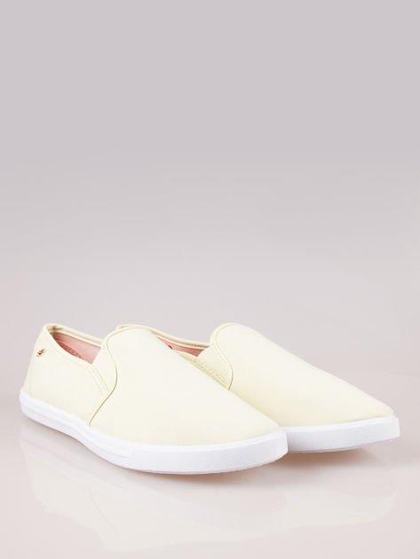 Żółte buty slip on                                  zdj.                                  2