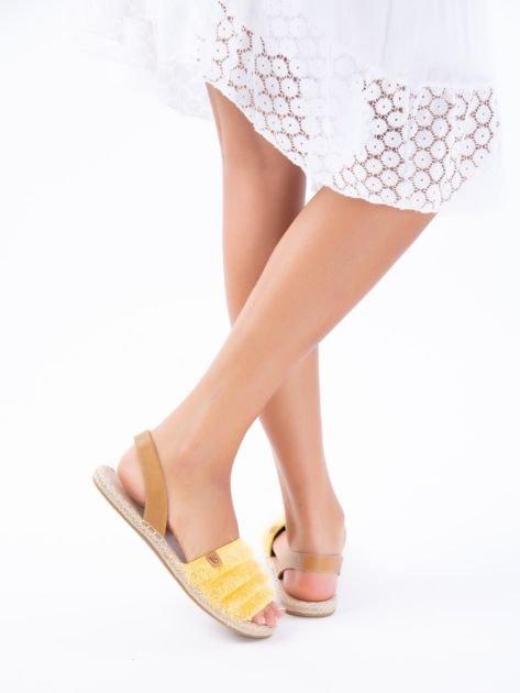 Żółte sandały z ozdobnym frędzelkowym przodem                              zdj.                              6