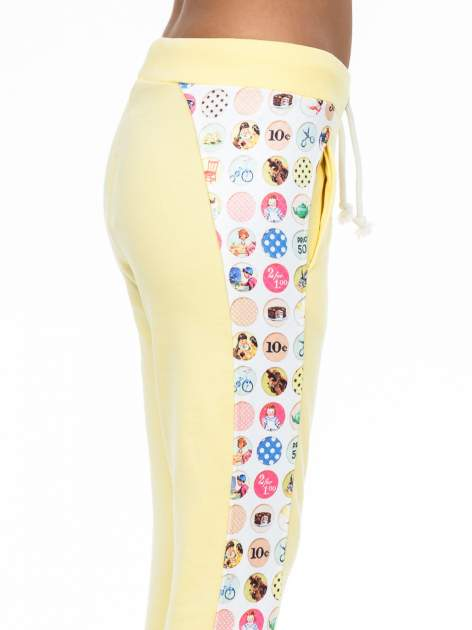 Żółte spodnie dresowe z kolorowym lampasem                                  zdj.                                  5