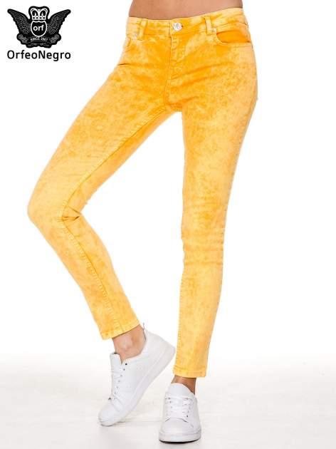 Żółte spodnie jeansowe rurki typu marmurki                                  zdj.                                  1