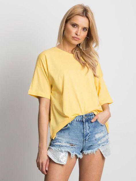 Żółty t-shirt o luźnym kroju                              zdj.                              1