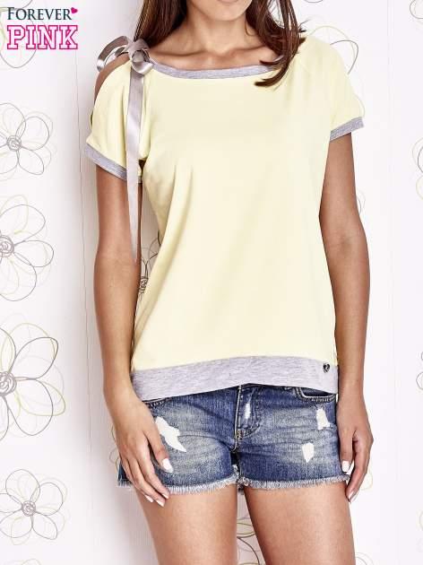 Żółty t-shirt z kokardą                                  zdj.                                  1