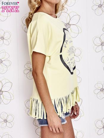 Żółty t-shirt z nadrukiem i frędzlami                                  zdj.                                  3
